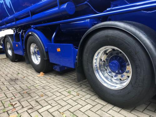 Truckbanden Nijkerk Hazeleger Bandenservice 03